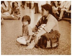 1999 HUA LAMPHONG MOTHER & CHILD